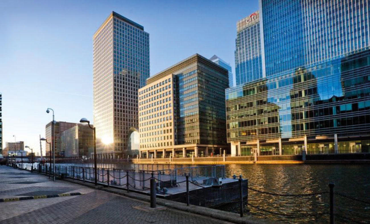 Outside view of 50 Bank Street, Canary Wharf.