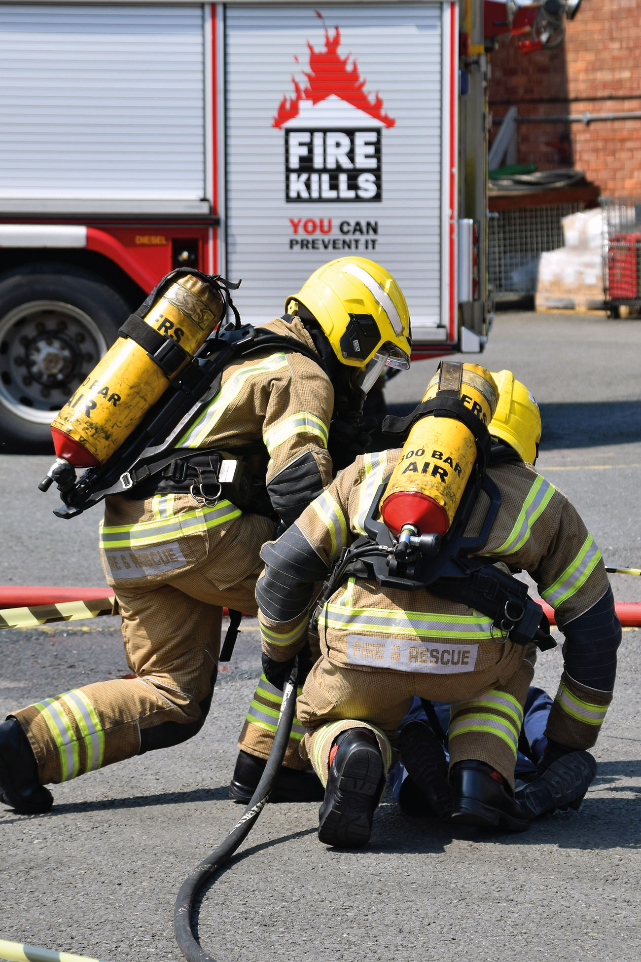 Hereford & Worcester FRS in training.