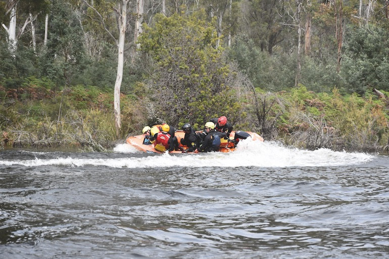 Mr Jerry Rodgers (centre in black), Rescue Captain, Charlotte Fire Department, NC, USA conducting close-quarter J-Turns during training in Tasmania.